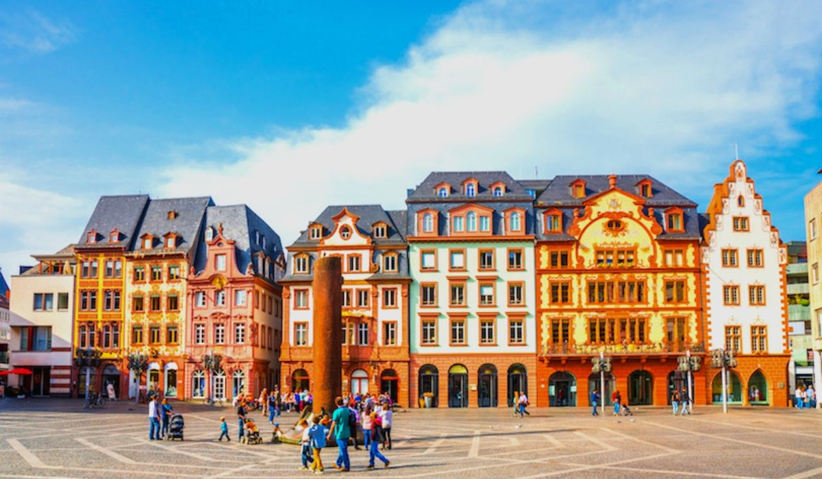 Frankfurt Tour Packages.jpg